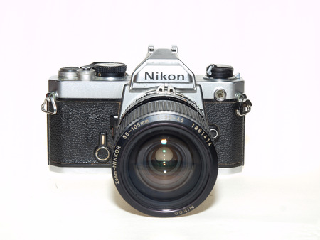 fm: Editorial: Nikon FM mechanic film camera