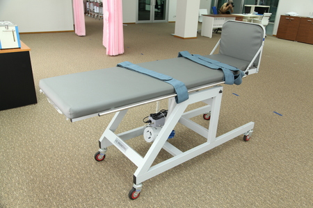 lymphatic drainage: Bed for standing physiotherapy training unit for rehabilitation
