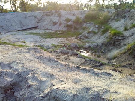 Huge Sand Hole Banque d'images - 101585924