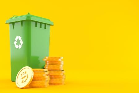 Pattumiera con pila di monete isolate su sfondo arancione. illustrazione 3D