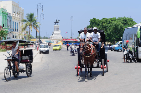 habana: Horse and Carriage at the monument to General Antonio Maceo at the Malecon. Habana Cuba - August 2, 2015. Editorial
