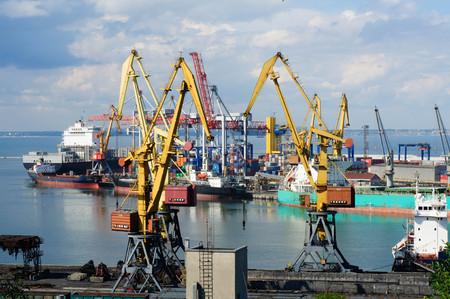 gibbet: Cranes in the port in Odessa, Ukraine Editorial