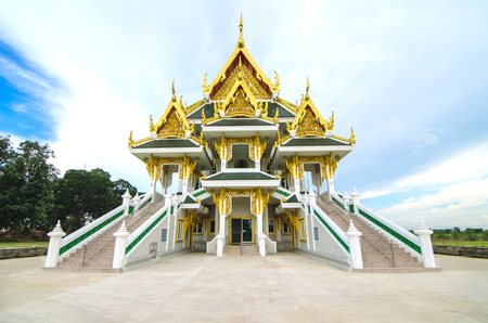 angthong: Reclining white buddha in Wat khun in temple, Angthong , Thailand