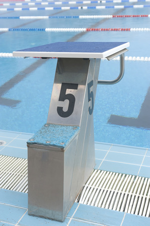 number 5: water pool plunge with number 5 Stock Photo