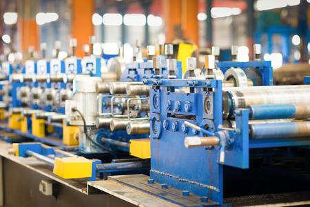 new and powerful metalworking machine in modern workshop Standard-Bild