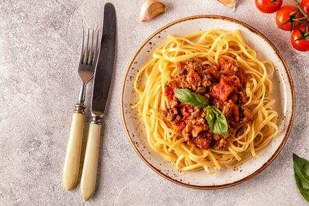 Italiaanse pasta bolognese. Bovenaanzicht. Stockfoto