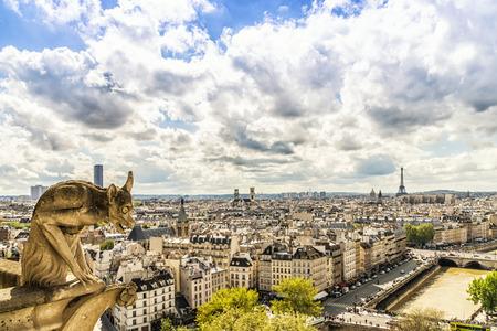 Gargouille sur la cathédrale Notre-Dame, Paris, France Banque d'images