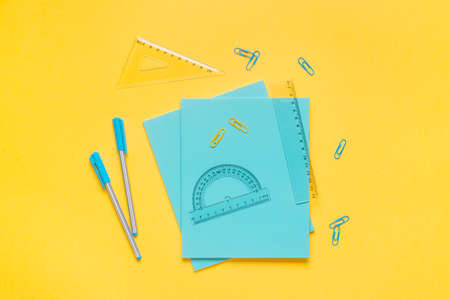 Flat lay of back to school supplies with  notebook and pen. Stockfoto