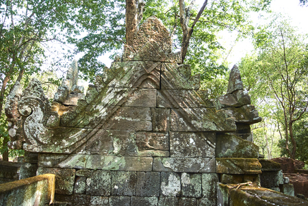 The temple of inscriptions, Prasat Krachap is located about 200 metres east from the north-east corner of the Rahal. Banque d'images - 100682312
