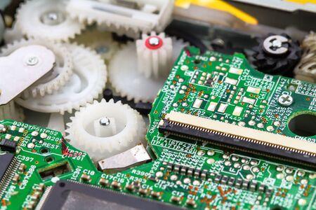 transistor: Primer fondo de placa de circuito electrónico.
