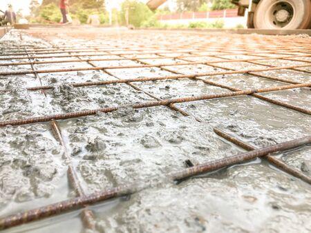 Reinforced concrete road, Concrete pouring