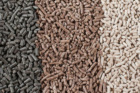 biomasse: Different kind of pellets- pine,beech,sunflower