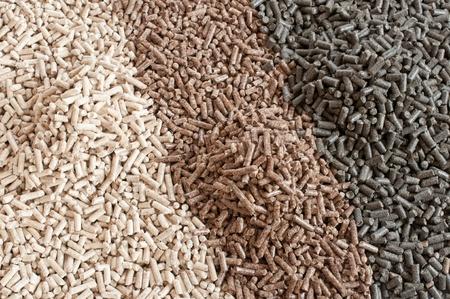 biomasse: Different kind of pellets - pine,beech,sunflower