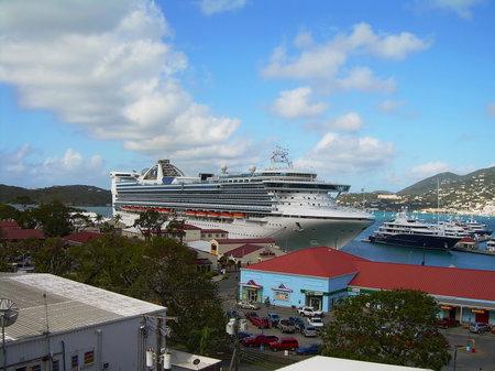 caribbean cruise: Caribbean Cruise Ship docked on the island of St. Thomas US Virgin Islands Editorial