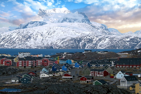 Nuussuaq village view with the Sermitsiaq mountain range in the background, Greenland Stock Photo
