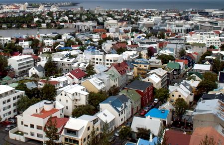 Aerial view of Skolavordustigur, Reykjavík, Iceland Standard-Bild - 115064617