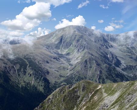 German Alps as viewd from the east, Bavaria, Germany Standard-Bild - 117353682