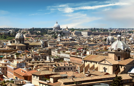 Aerial view of the rooftops, Rome, Italy Standard-Bild - 120550700