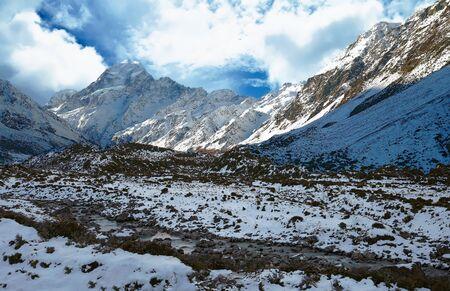 Hooker Valley in winter near the Mount Cook Range, New Zealand Reklamní fotografie
