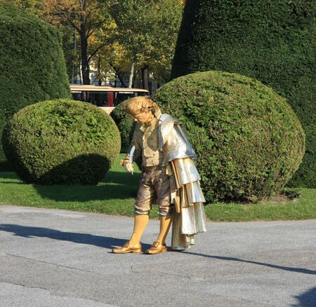 amadeus mozart: Living statue of Wolfgang Amadeus Mozart in Wien,Austria
