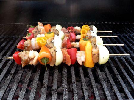 shishkabab: shishkabab of shrimp,chicken salmon,pepper, and onion