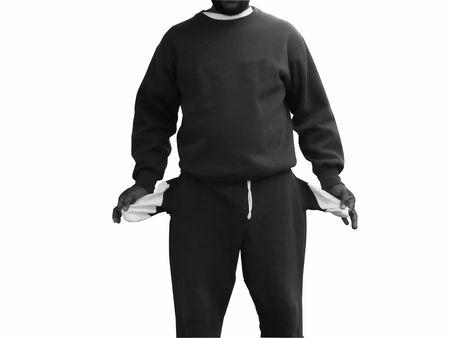 bolsillos vacios: foto de African American mostrar su hombre los bolsillos vac�os  Foto de archivo