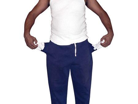 bolsillos vacios: foto de African American hombre que muestra su bolsillos vac�os aislados en fondo blanco