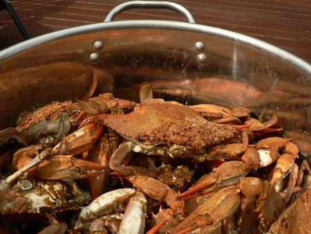 cooked blue crabs from the Chesapeake Bay of Maryland Stok Fotoğraf