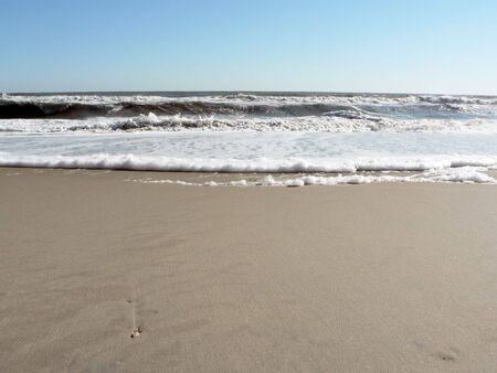 Foto van een schuimende surf op Virginia Beach waarin kopiëren en gewas ruimte Stockfoto - 3772602
