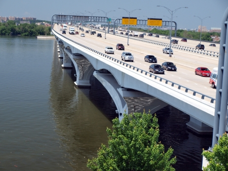 wilson: elevated shot of the Woodrow Wilson Bridge which connect DC suburbs of  Maryland and Virginia Stock Photo
