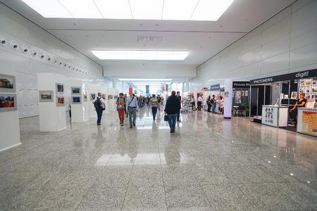 ケルン, ドイツ - 2014 年 9 月 19 日: フォトキナ展インテリア。フォトキナは、世界の最大見本写真とイメージング産業の市