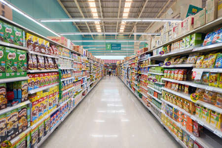 PATTAYA, THAILAND - FEBRUARY 22, 2016: inside of the Tesco Lotus hypermarket in Pattaya. Tesco Lotus is a hypermarket chain in Thailand operated by Ek-Chai Distribution System Co., Ltd. 報道画像
