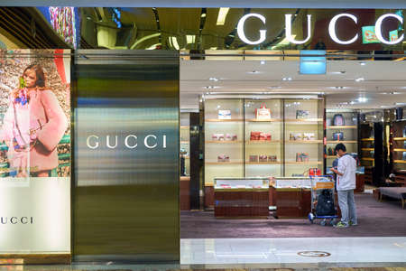 a0835055b42 Gucci Outlet Stock Photos And Images - 123RF