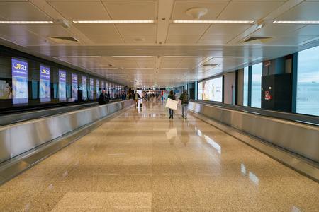 "ROME, ITALY - CIRCA NOVEMBER, 2017: interior shot of Fiumicino International Airport ""Leonardo da Vinci"" Sajtókép"