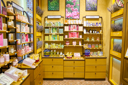 MOSCOW, RUSSIA - CIRCA SEPTEMBER, 2018: interior shot of a LOccitane store in Moscow. LOccitane en Provence is an international retailer of body, face, fragrances and home products 報道画像