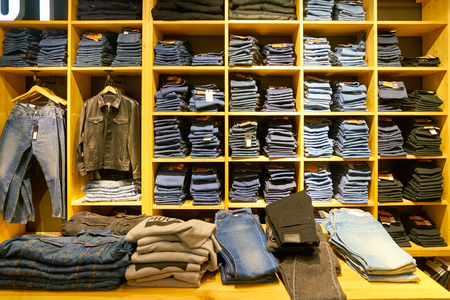 MOSCOW, RUSSIA - CRICA SEPTEMBER, 2018: interior shot of a Levis store in shopping center in Moscow. 報道画像