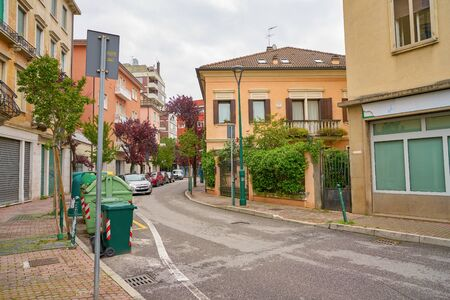 VENICE, ITALY - CIRCA MAY, 2019: a view of a street located in Venice in the daytime. Redactioneel