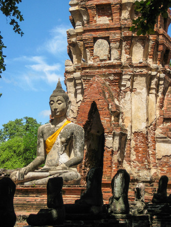monk robe: Buddha, Ayutthaya Historical Park, Thailand Stock Photo