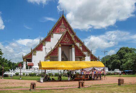 monk robe: Wat in Ayutthaya Historical Park, Thailand Editorial