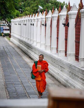 moine: Monk In Bangkok, Thailand �ditoriale