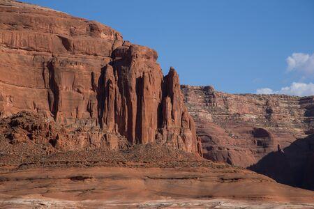 lake powell: Cliffs at Lake Powell, Arizona and Utah