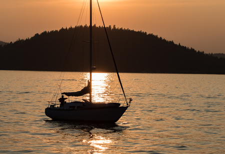 coeur: Sunset on Lake Coeur dAlene