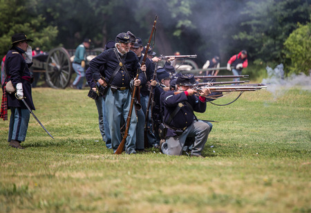 red bluff: Northern troops in combat at the Dog Island Civil War reenactment, Red Bluff, California Editorial