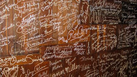 famous people: Acapulco, Mexico: Wall of celebrities signatures at the  Hotel Mirador, Acapulco. Many famous people have signed their name onto the wall at the famous site of the cliff divers of Acapulco.