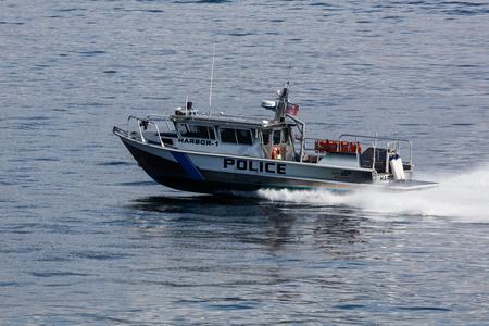 elliot: Police boat sailing in Elliot Bay, Seattle, Washington. Editorial