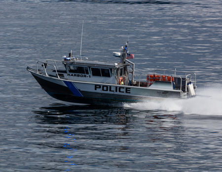 elliot: Police boat in Elliot Bay, Seattle. Editorial