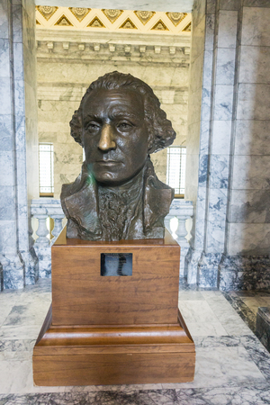 george washington statue: Statue of George Washington Inside the state legislature building in Olympia, Washington.