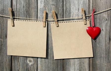 reklám táblák és a szív pórázon