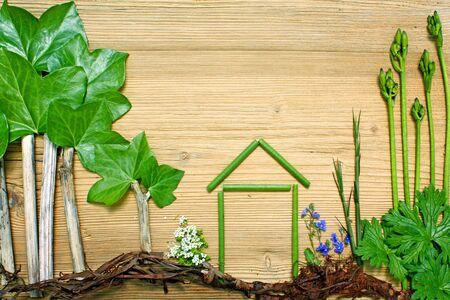 ház és a fák természetes anyagból készült Stock fotó
