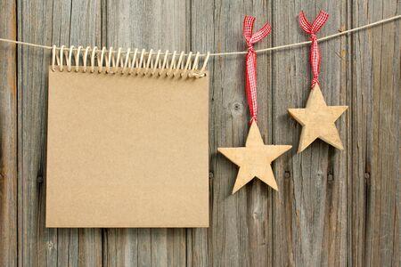 Karácsonyi dísz és kártya fából való, háttér